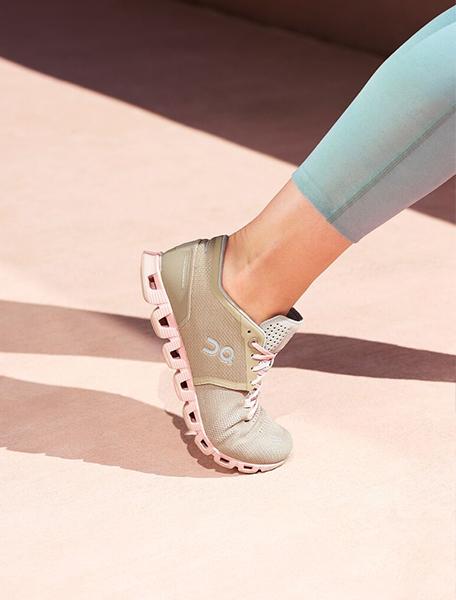 On Cloud X Women's Running Shoe Sand